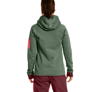 19_w-fleece-plus-hoody_86926_gf_2
